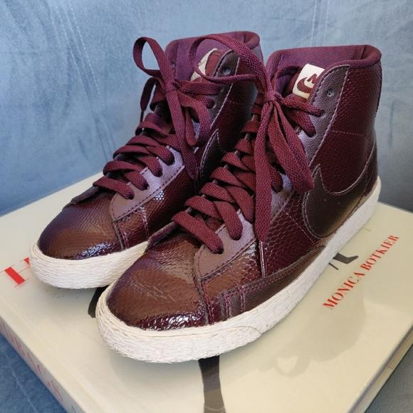 no relacionado Hong Kong Agotamiento  Nike Shoes | Blazer Mid In Burgundy Snakeskin | Poshmark